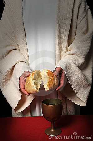 jesus-breaking-bread-4297852